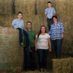Familie Steiner im Heustock